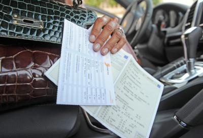 Bollo auto, patente e revisione: tutte le nuove proroghe e scadenze