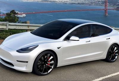 Tesla Model 3: una nuova esplosione in un parcheggio
