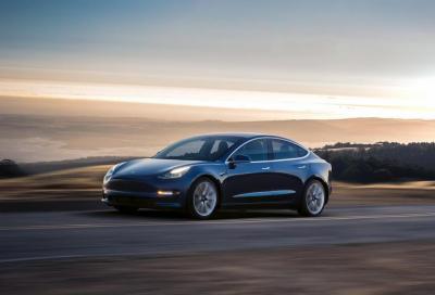 Tesla punterà sul catodo di ferro