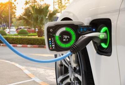 Auto elettriche: in arrivo l'etichettatura di conformità