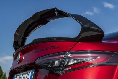 Alfa Romeo Giulia, arrivano la GTA e la GTAm