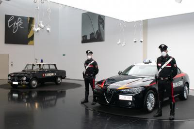 Alfa Romeo Giulia, presentata quella per l' Arma dei Carabinieri