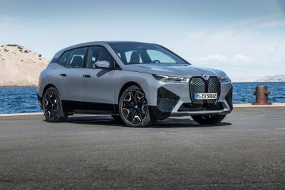 Nuova BMW iX: SUV Elettrico con autonomia record