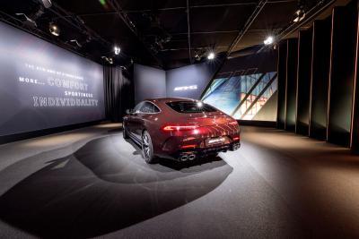 Nuova Mercedes-AMG GT Coupé4, stile più individuale e sospensioni affinate