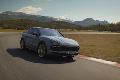 Porsche, questa è la nuova Cayenne Turbo GT da 640 CV