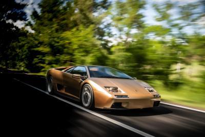 Lamborghini Diablo, a 325 km/h nel futuro