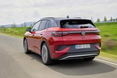 Nuova Volkswagen ID.4 GTX, arriva il top di gamma