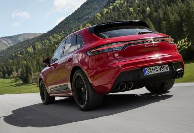Porsche svela la nuova Macan, più potente e sportiva