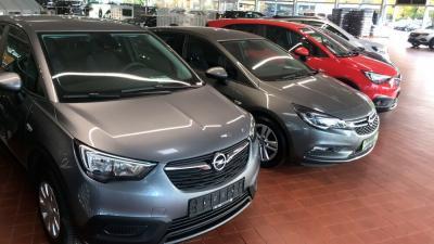 Mercato: cresce il prezzo delle automobili nuove in Italia nel 1° semestre 2021