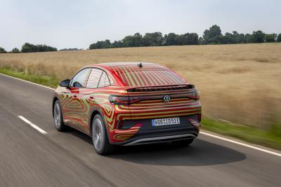Volkswagen ID.5 GTX, la nuova crossover elettrica sportiva è quasi pronta