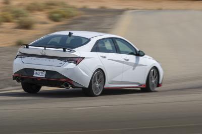 Nuova Hyundai Elantra N, solo per gli USA