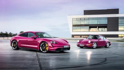 Porsche aggiorna la Taycan e la  Taycan Cross Turismo