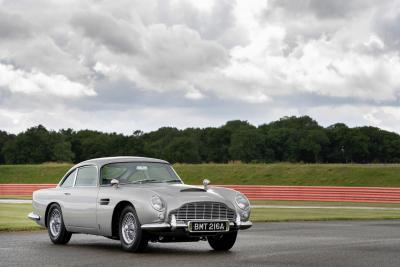 Aston Martin DB5 e Sean Connery