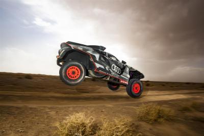 Audi RS Q e-tron: il prototipo Dakar 2022 alla prova del deserto marocchino